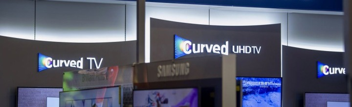 Samsung Takes Software Challenge to TVs
