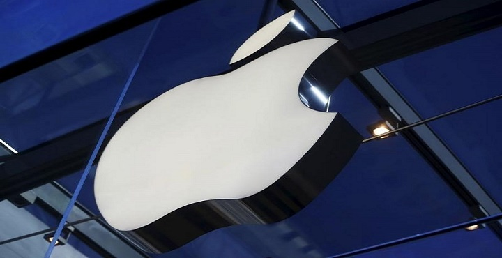 Apple Stock Being Dumped Amidst Sagging Sales
