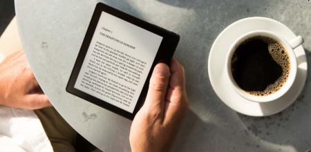 Kindle Oasis Review: The e-Reader to Beat