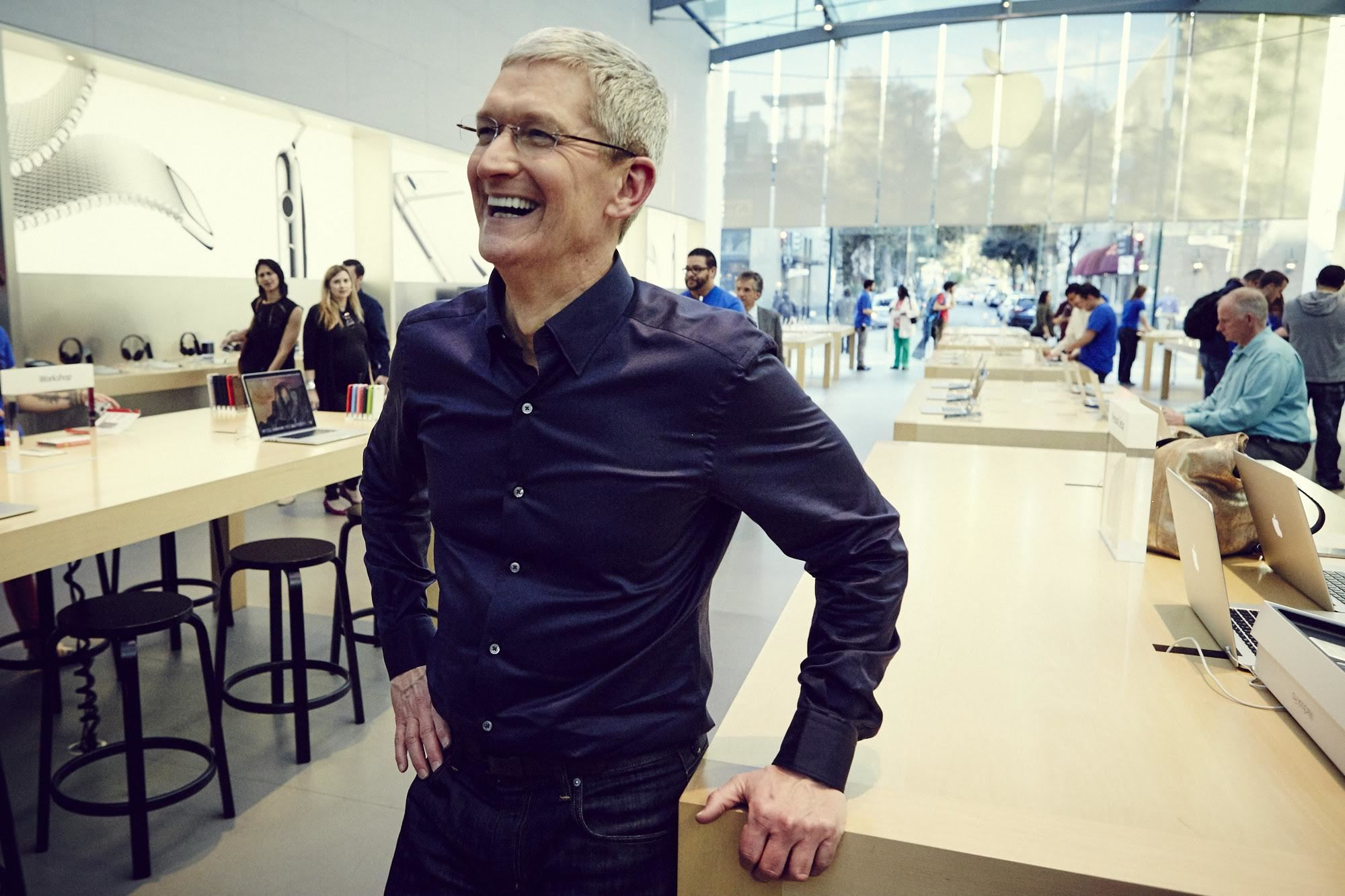 Apple's Tim Cook will Visit China