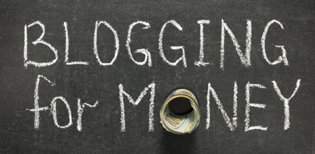 How Today's Moms Can Make Money Blogging