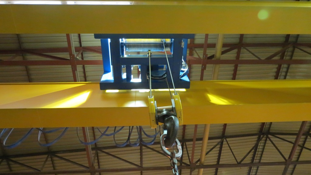 How To Choose The Best Cranes For Your Factory?