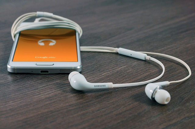3 Cool Music Apps That Don't Need Wi-Fi