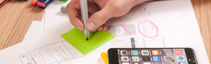 Should You Hire an Agency or a Freelancer for App Development?