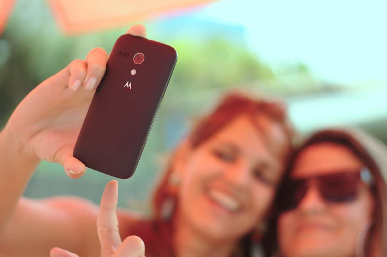 6 Quirky Gadgets for That Perfect Selfie