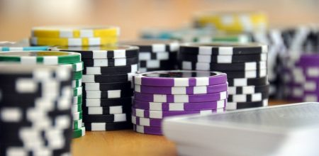 Pleasing the Gambling Crowd: Which 5 Casino Games are the Most Popular?