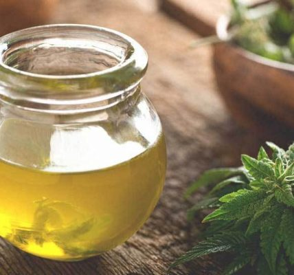 What is CBD: 10 Benefits of CBD Oil