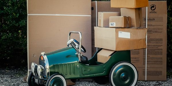 Taking a Close Look at US Package Forwarding Services