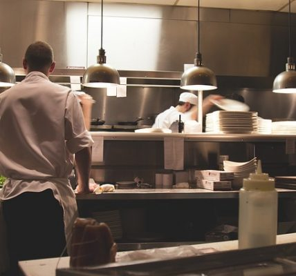 5 Tips for Choosing the Right POS System for Your Restaurant